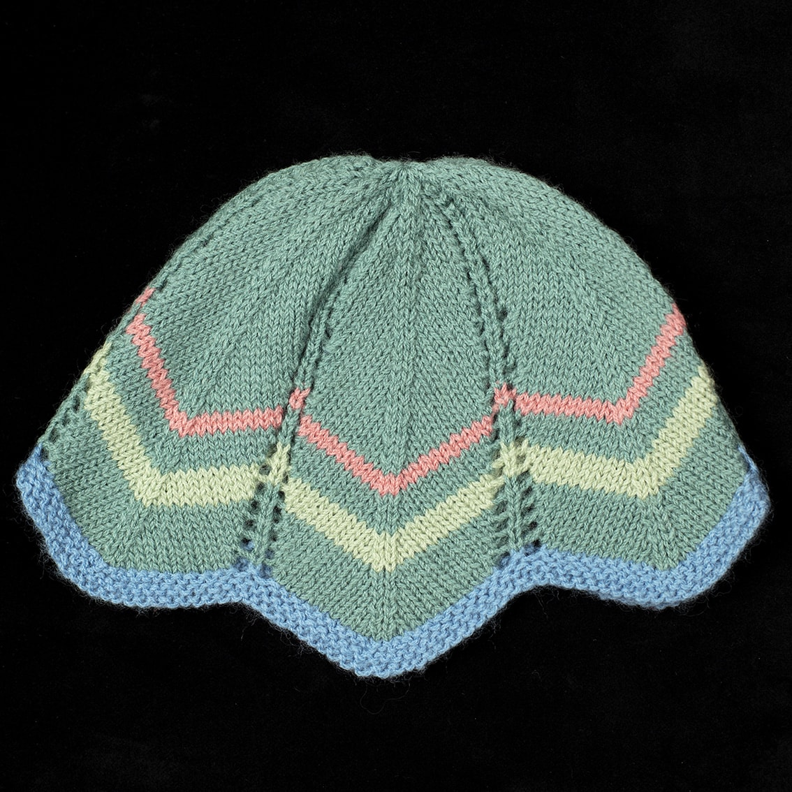 Hat hand knitwear design by Alice Starmore
