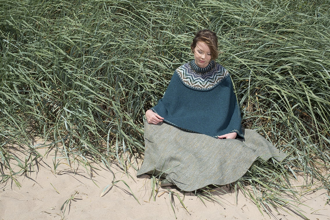 Merveille Du Jour hand knitwear design by Alice Starmore for Virtual Yarns