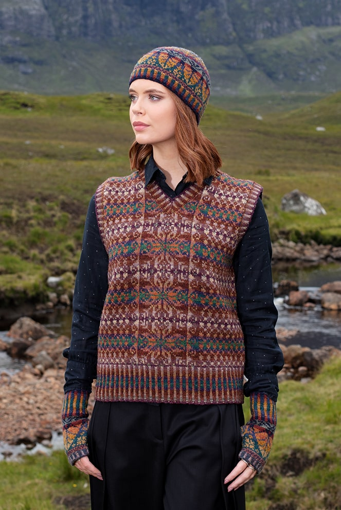 Thoroughbred hand knitwear design by Alice Starmore from Virtual Yarns