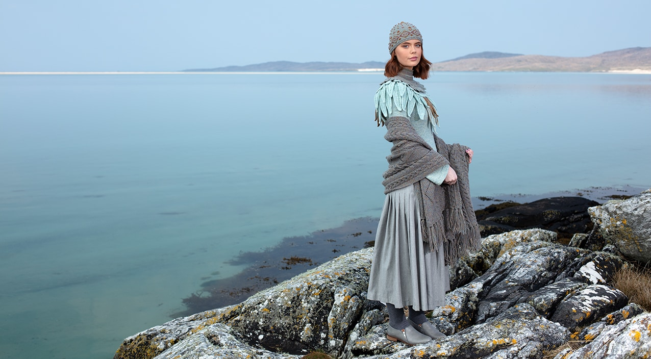 Hand knitwear designs by Alice Starmore from Virtual Yarns
