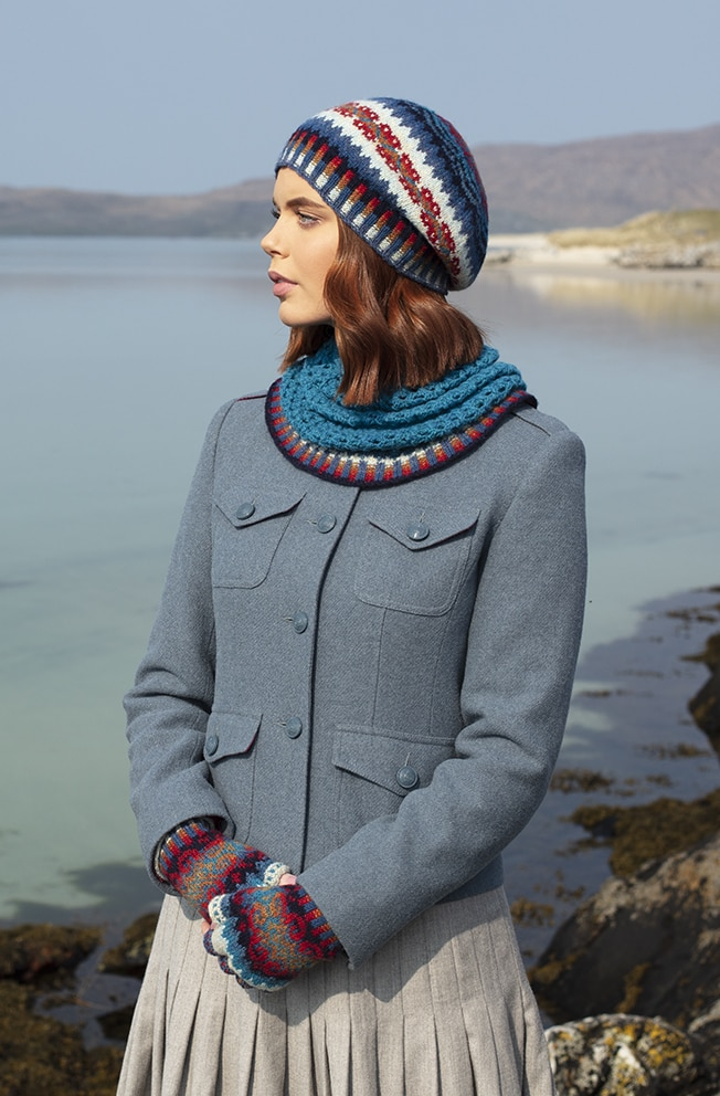 Wave hat set hand knitwear design by Alice Starmore for Virtual Yarns