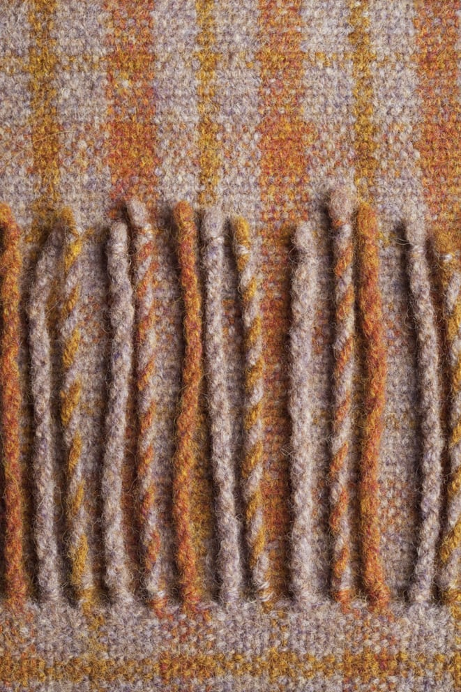 Weaving design by Alice Starmore for Virtual Yarns